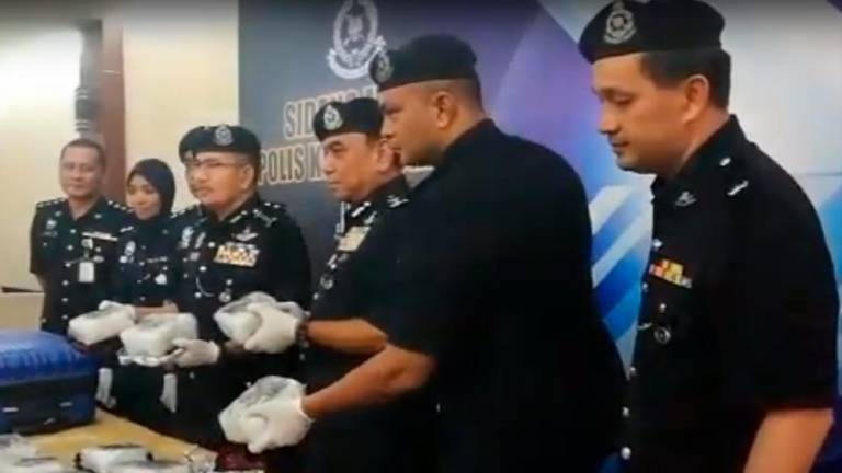 Cops bust meth syndicate, nab two suspects