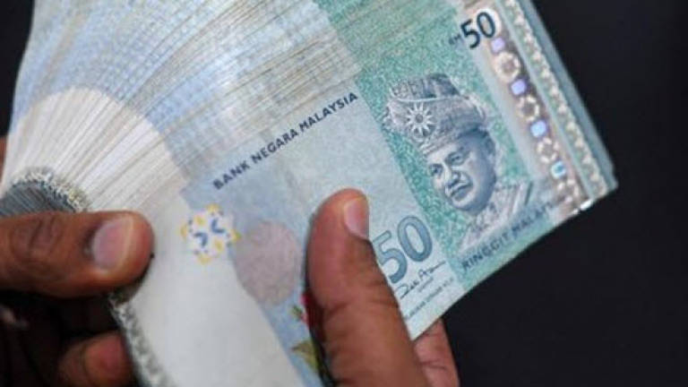 Most Malaysians debt-ridden from uncontrolled spendings