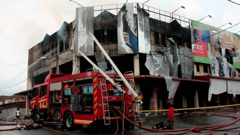 Businessman suffers RM1m loss in Taiping shoplot fire