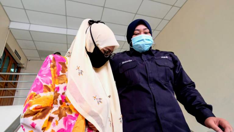 Ipoh policewoman pleads not guilty to accepting bribe