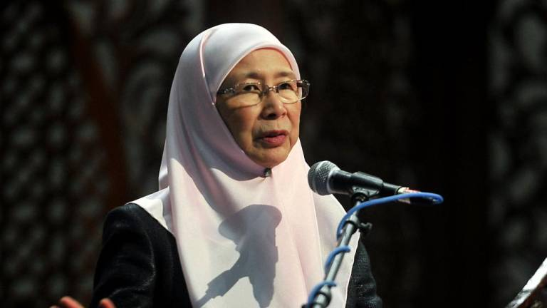 No granting of citizenship for foreign home buyers under MM2H: Wan Azizah