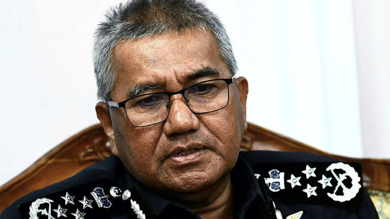 50ed840249 Police commence internal probe on cops held by MACC