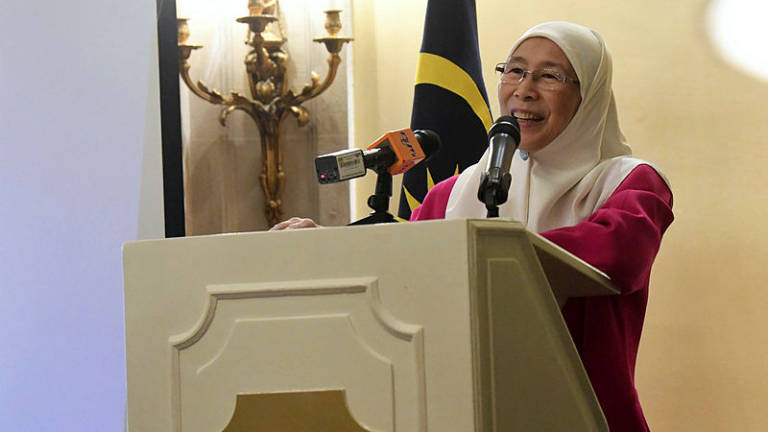 Families play important role in addressing climate change: Wan Azizah