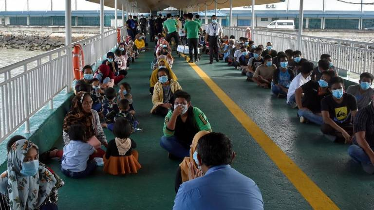 240 illegal immigrants deported to Indonesia