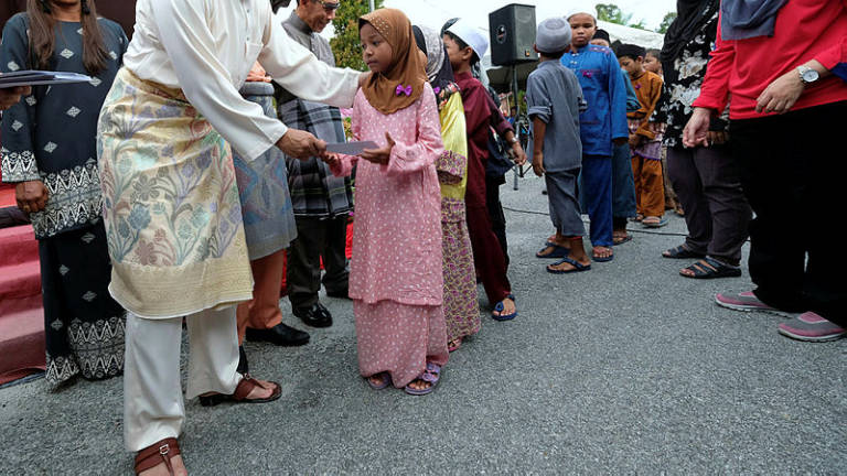Raya bonus for Perak civil servants on May 16