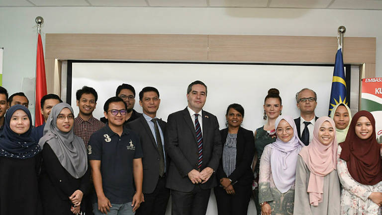 33 Malaysians receive full scholarships from Hungarian government