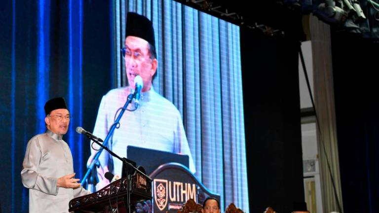 Too early for RCI on hardcore poor report: Anwar