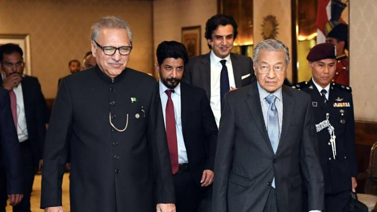 Malaysia, Pakistan reaffirm commitment to work closely on Islamic issues