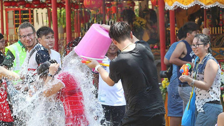 Perak govt cannot interfere with Songkran festival