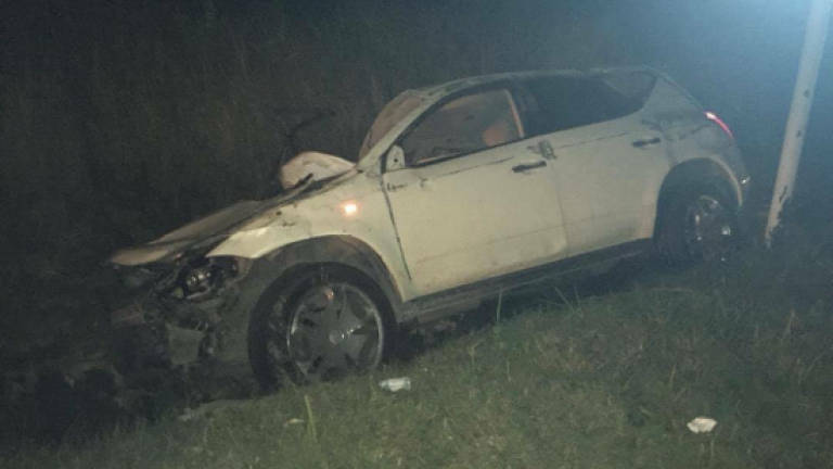 Three killed in crash during storm in Perlis