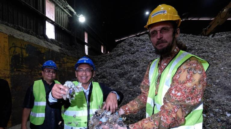 Plastic waste brought to Perak not hazardous: DOE