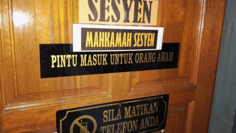 Six claim trial to robbing over RM1m worth of jewellery