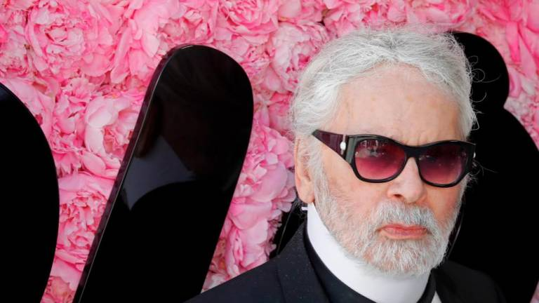 HarperCollins to publish unconventional Lagerfeld biography