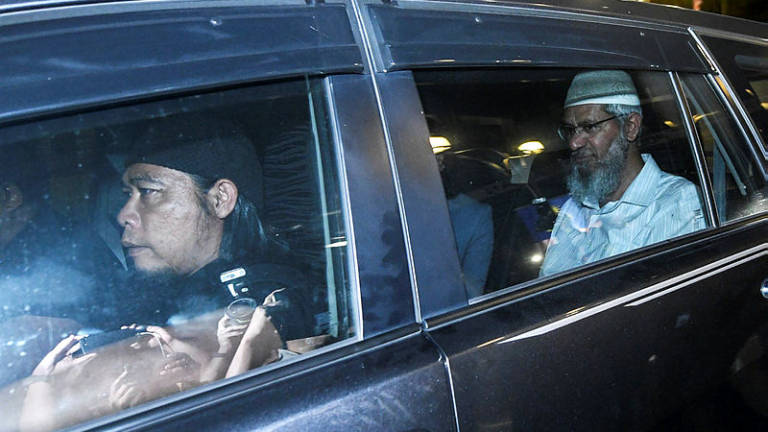 Zakir leaves Bukit Aman at 1am after second round of questioning