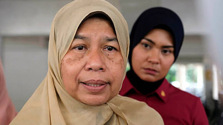 No place for illegal brokers: Zuraida