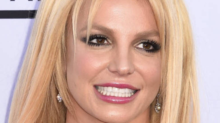 Britney Spears to perform new song at MTV Video Music Awards