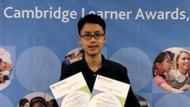 Malaysian maths wiz wins global award