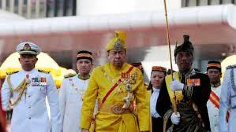 Sultan of Selangor calls on politicians to unite, support Govt's efforts in fight against Covid-19
