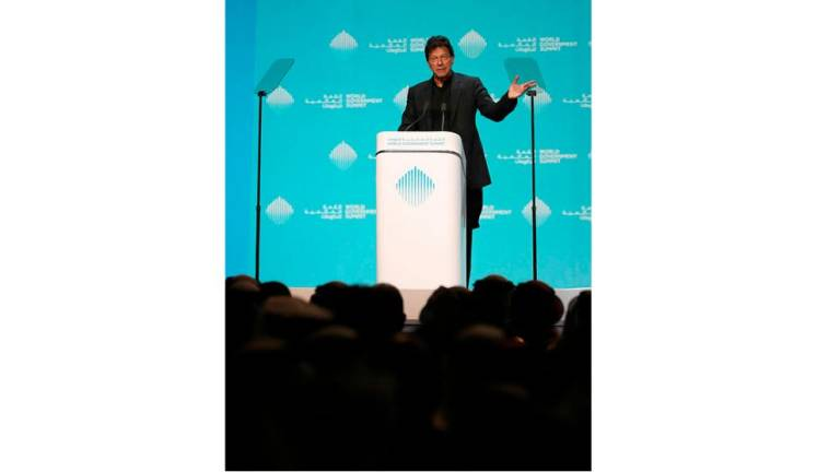Imran Khan cites Malaysia's tourism success story at World Government Summit