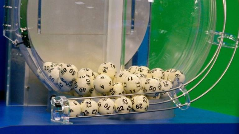 Record lottery jackpot of 209m euros won in Italy