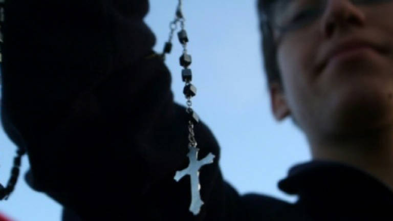 Sexual abuse scandals deepen Chile mistrust in Catholic church