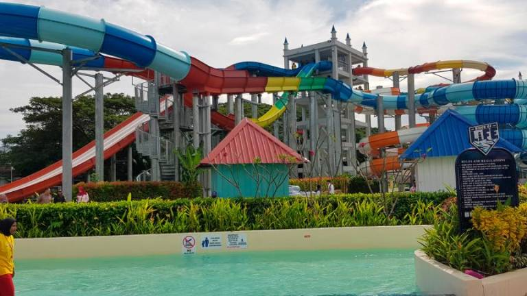 Big SPLASH at new theme park in Langkawi