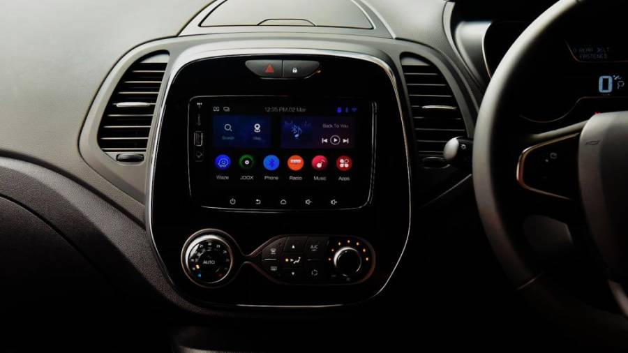 Seven-inch infotainment with connectivity.