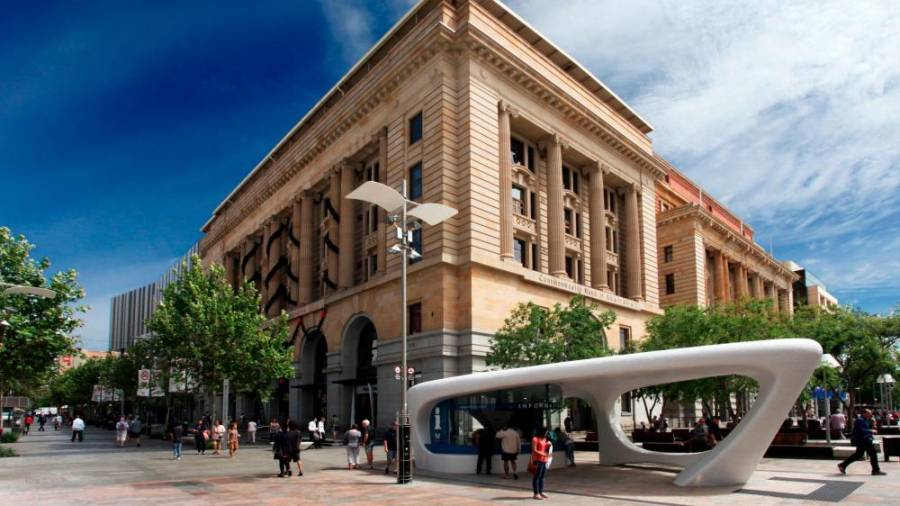 The Perth City Visitor Kiosk in Murray Street Mall.- TOURISM WESTERN AUSTRALIA
