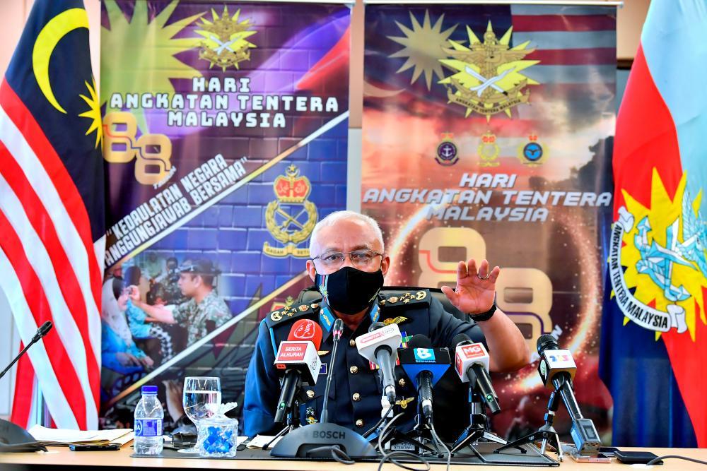 Malaysian Chief of Defence Forces Gen Tan Sri Affendi Buang. BERNAMApix