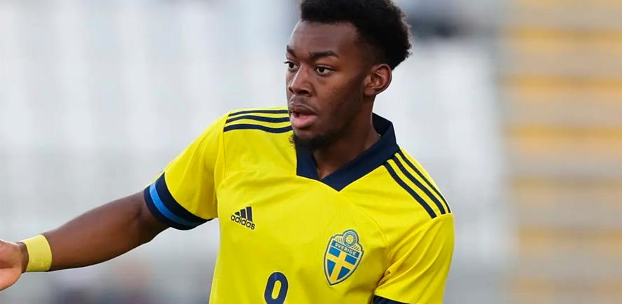 Man Utd winger Elanga racially abused while playing for Sweden U-21s