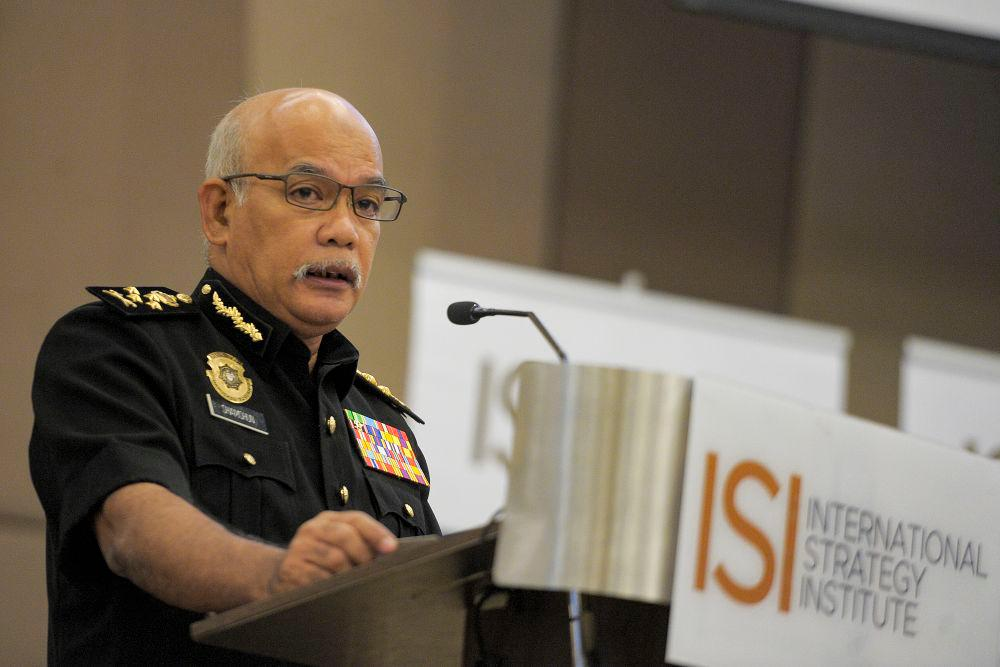 MACC: Stop glorifying leaders facing graft charges