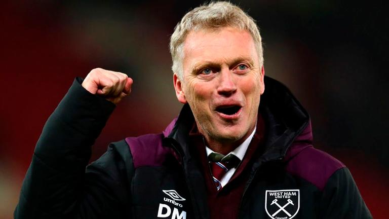 Moyes urges people not to pick on footballers over virus breaches