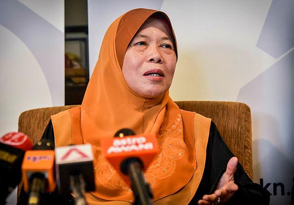 Beaufort MP Datuk Azizah Mohd Dun. — Bernama