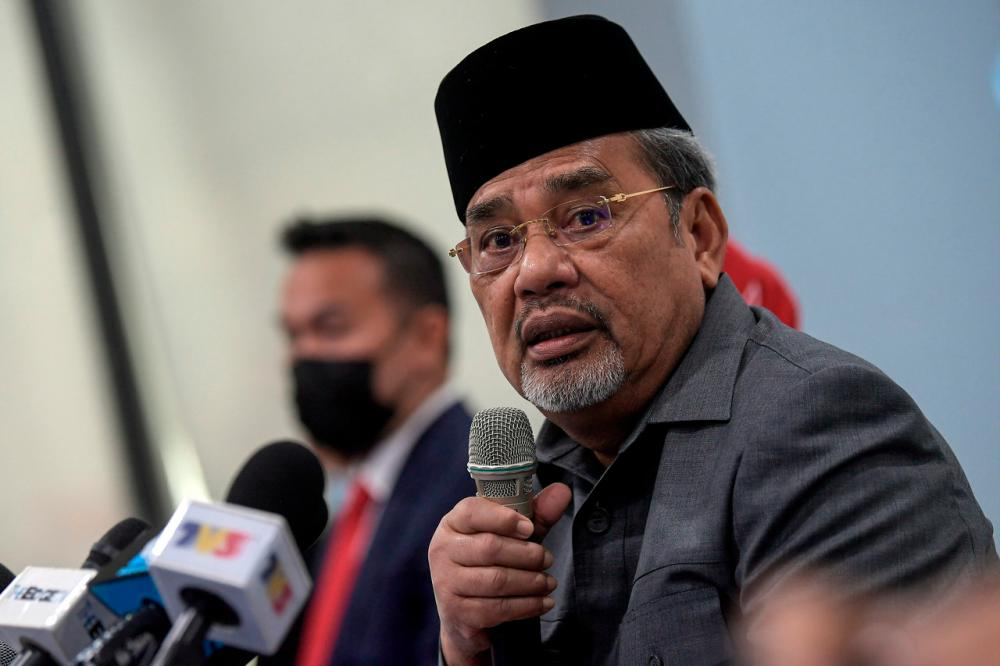 Pasir Salak MP Datuk Seri Tajuddin Abdul Rahman - Bernamapix