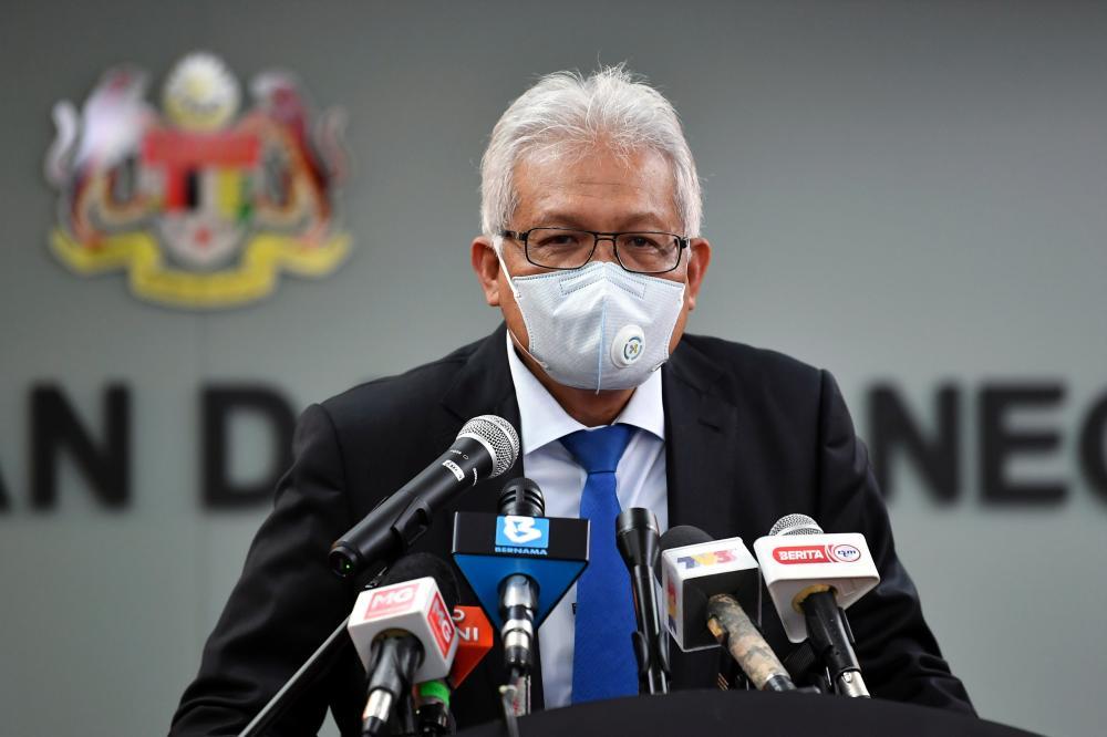 Home Minister Datuk Seri Hamzah Zainudin. — Bernama