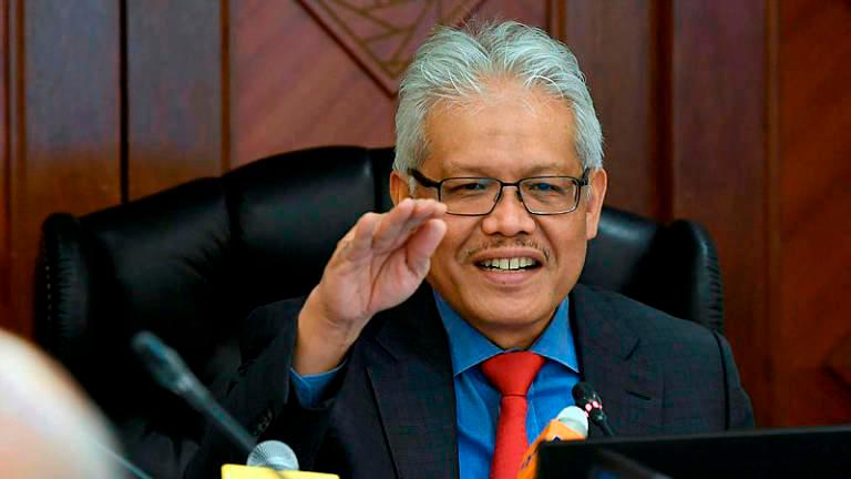 Cabinet agrees to continue with appeal over citizenship ruling - Hamzah