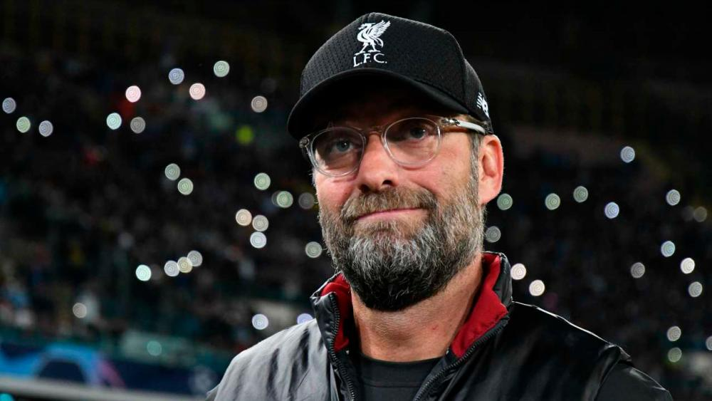 Liverpool's Klopp welcomes safe standing trial in Premier League