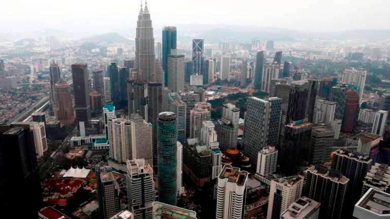 Malaysia facing challenges maintaining economic recovery momentum