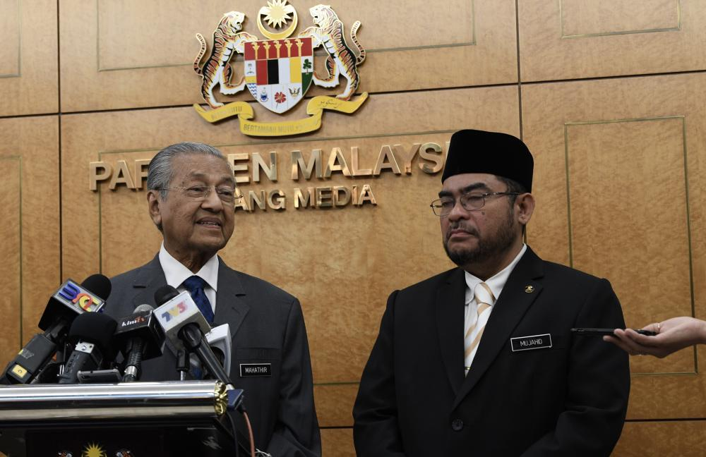 Prime Minister Tun Dr Mahathir Mohamad speaks during a press conference at the Dewan Rakyat sitting at the Parliament House, on April 4, 2019. — Bernama