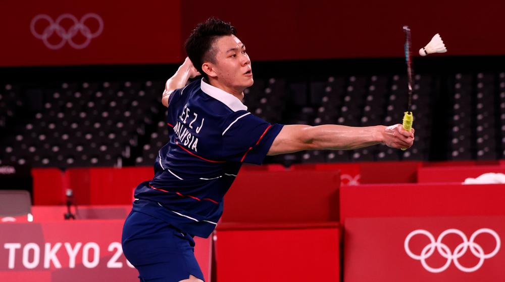 Lee Zii Jia of Malaysia in action during the match against Chen Long of China. REUTERSPIX
