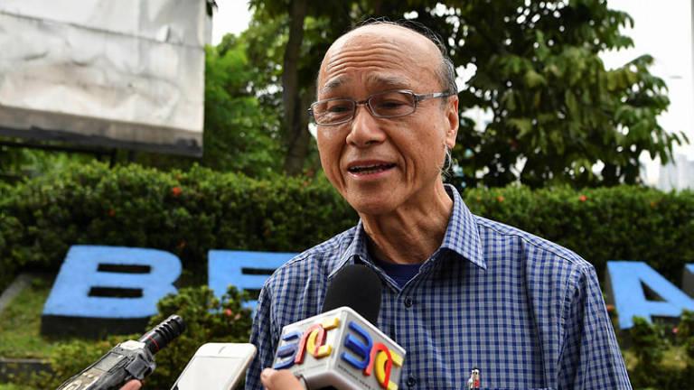 Reconsider critical allowance proposal for Fire Dept: Lee Lam Thye