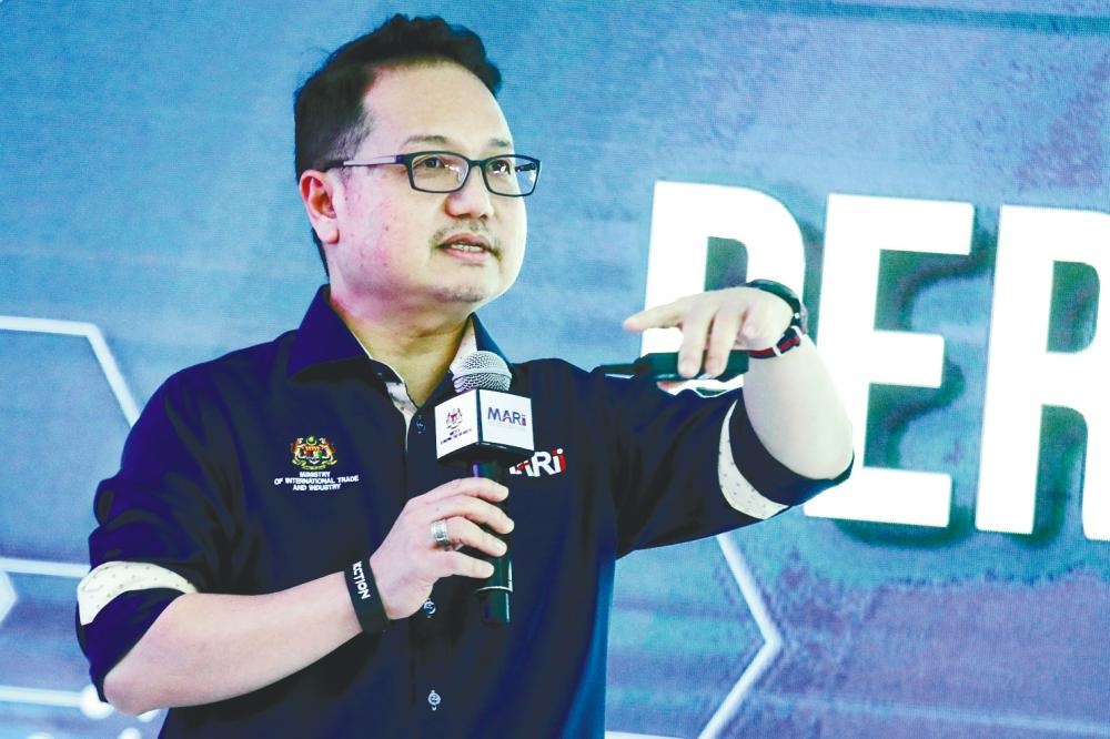 Madani speaking at the Automotive Industry Performance Update 2019 and Outlook in 2020 today. – HAFIZ SOHAIMI/THESUN
