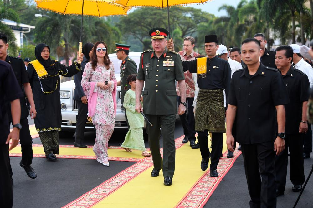 The Sultan of Perak, Sultan Nazrin Shah and Raja Permaisuri of Perak, Tuanku Zara Salim arrive for the Perak State Level Maal Hijrah 1441H/2019, on Sept 1, 2019. — Bernama