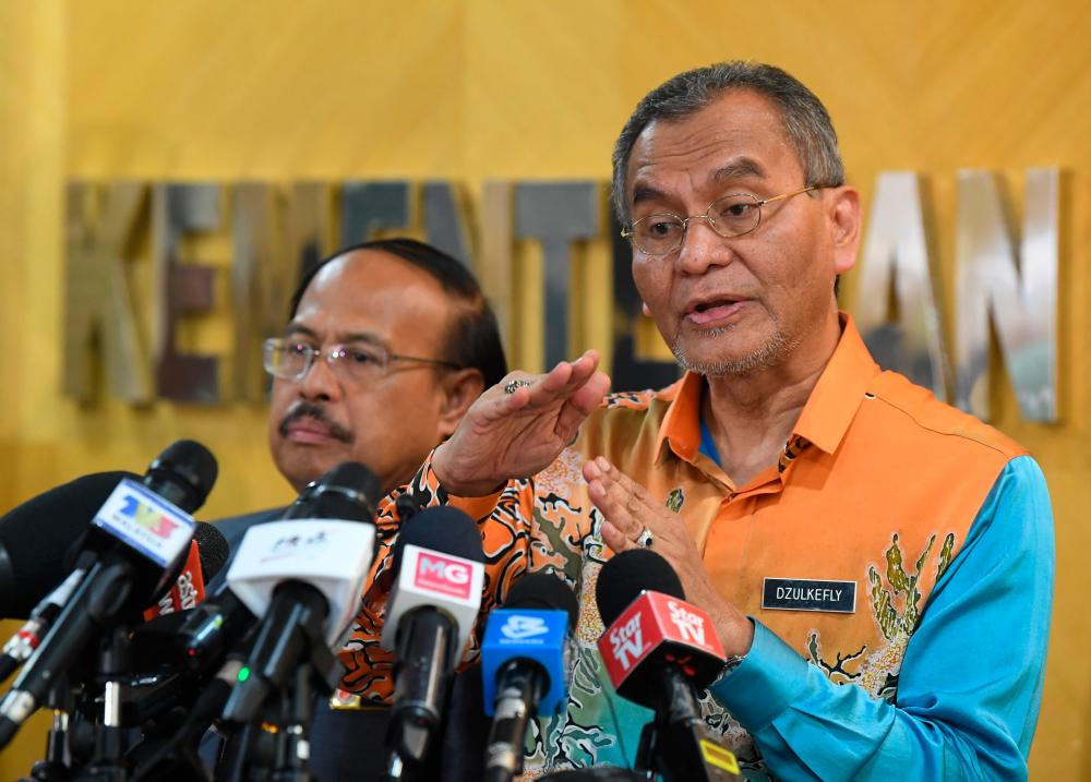Health Minister Datuk Seri Dr Dzulkefly Ahmad at the daily media conference on the current coronavirus situation today. - Bernama