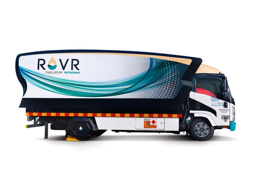 A ROVR 3,000-litre lorry.