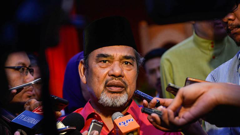Shouting in Dewan after Tajuddin ejected