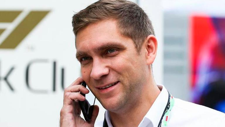 Portuguese GP race steward Petrov heads home after father killed