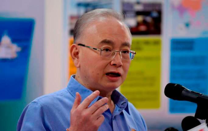 Transport Minister Datuk Seri Dr Wee Ka Siong. — Bernama